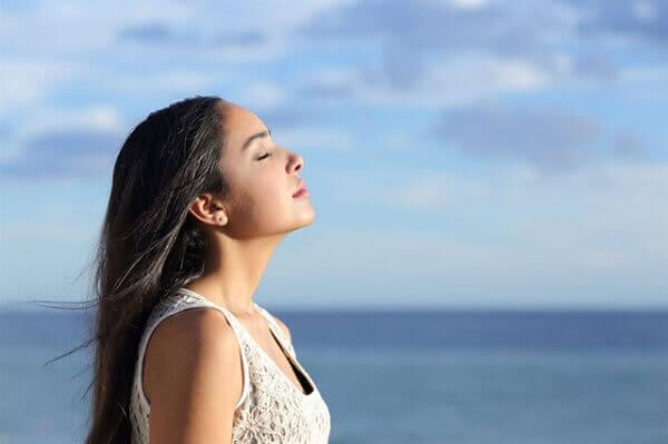 giảm căng thẳng thở sâu