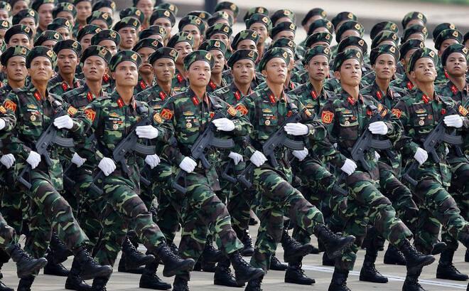 Viết blog chủ đề quân sự