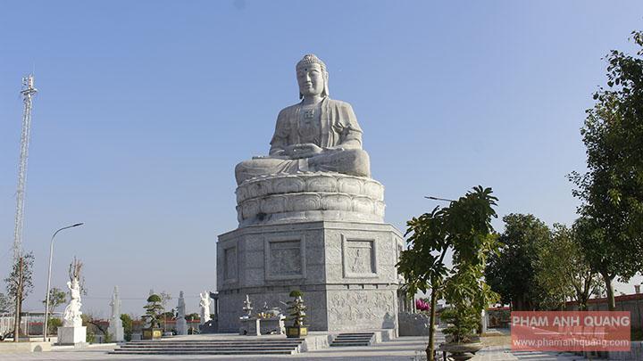 đại tượng phật adida lớn nhất việt nam